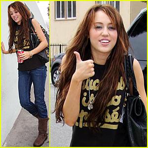 Miley Cyrus: Always Coca-Cola!