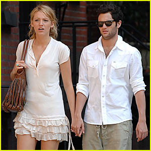 Blake Lively & Penn Badgley Heat Up Memorial Day