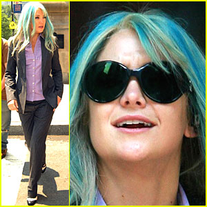 Kate Hudson Braces for Bride Wars