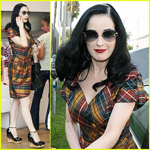 Dita Von Teese is a Fornarina Female
