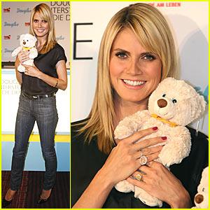 Heidi Klum's Bear Hug