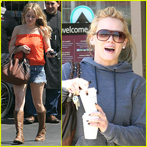 Hilary Duff is a Papoos Picker