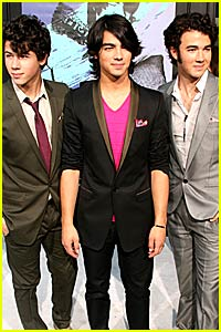 Jonas Brothers Return for Camp Rock Sequel