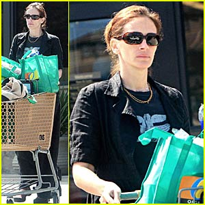 Julia Roberts' Organic Shopping Bags