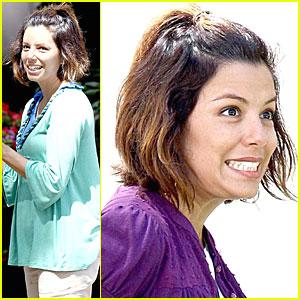 Eva Longoria: Say Cheese!