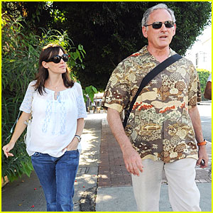 Jennifer Garner: Baby Bump Check-up!