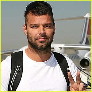 Ricky Martin Welcomes Twin Boys