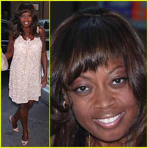 Star Jones Gets Summer Breeze Sparkly