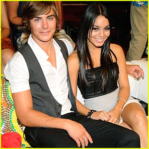 Zanessa Rocks 2008 Teen Choice Awards