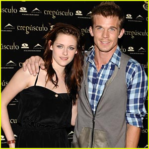 Kristen Stewart Charms At Crepusculo