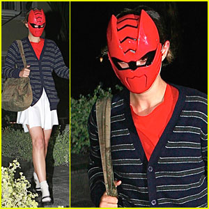 Natalie Portman is Happy For Halloween