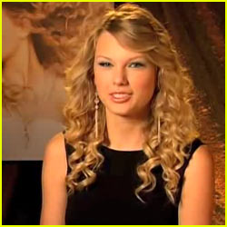Taylor Swift Interview -- JustJared.com Exclusive