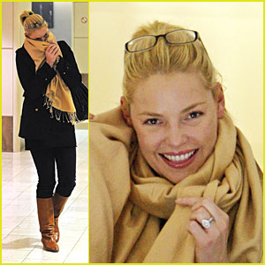 Katherine Heigl Plays Peek-a-Boo