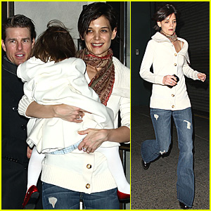 Katie Holmes is Almost Late for Work
