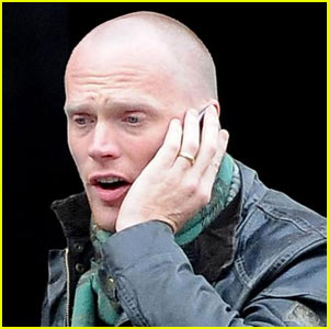 Paul Bettany is Bald
