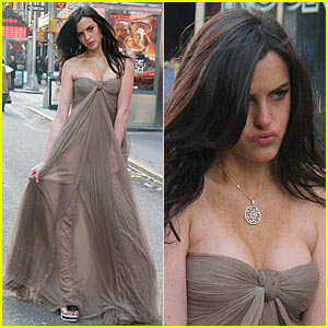 Ali Lohan Exhibits 'Extraordinary Woman' Qualities