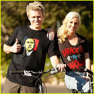 Heidi &#038; Spencer Go Bikin' for Barack