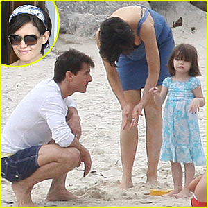 Tom Cruise & Katie Holmes Hit Rio de Janeiro