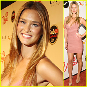 Bar Refaeli is Lovely in Las Vegas