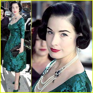 Dita Von Teese is Teal-tillating