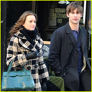 Leighton Meester & Chace Crawford Go Gossip