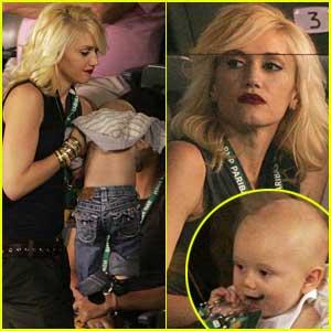 Gwen Stefani Zooms to Zuma