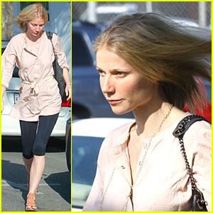 Gwyneth Paltrow Has Leggings for Days