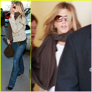 Jennifer Aniston Begins The Baster