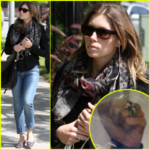 Jessica Biel is Ringing It
