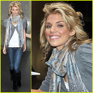 AnnaLynne McCord is a BenzaClin Babe