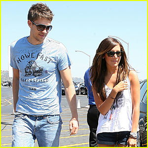Ashley Tisdale & Scott Speer: Make-out Madness!