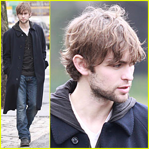 Chace Crawford is Scruffy Times Twelve