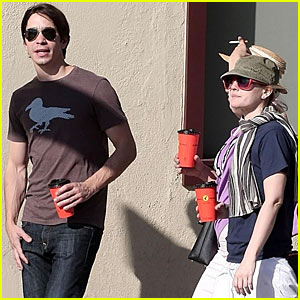 Drew Barrymore & Justin Long Go the Distance
