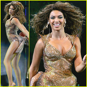 Beyonce Performs In Paris