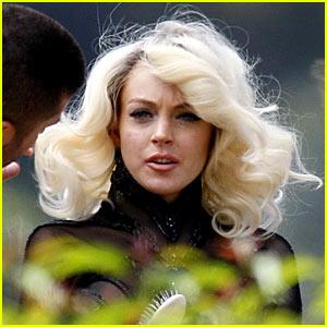 Lindsay Lohan is Very Spanish Vogue