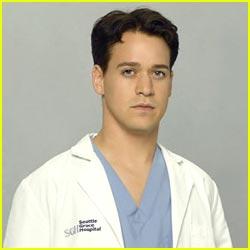 T.R. Knight Leaving Grey's Anatomy
