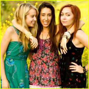 Brandi Cyrus's New Band Performing Tomorrow!