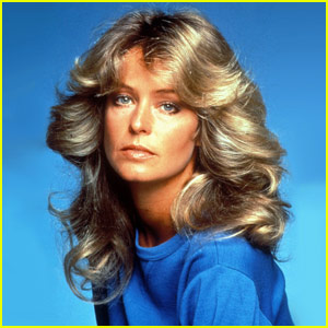 Farrah Fawcett Dies of Cancer at 62