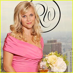Reese Witherspoon Smells 'In Bloom'