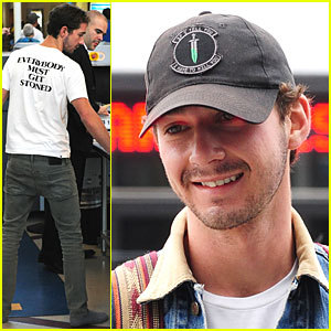 Shia LaBeouf Must Get Stoned