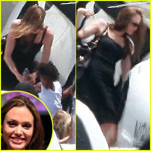 Angelina Jolie Flies Shiloh & Zahara!