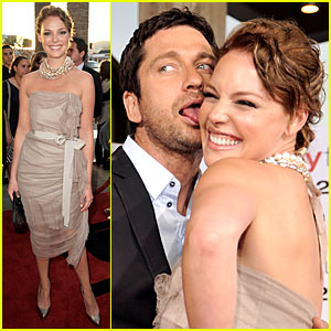 Gerard Butler Licks Katherine Heigl