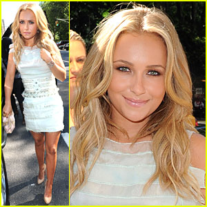 Live with Hayden Panettiere!