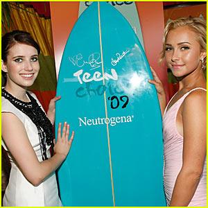 Win Hayden Panettiere & Emma Roberts' Surfboard!