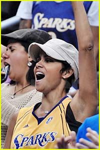 Halle Berry: Sparks Supporter