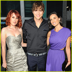 Rumer Willis Has A Fun Family