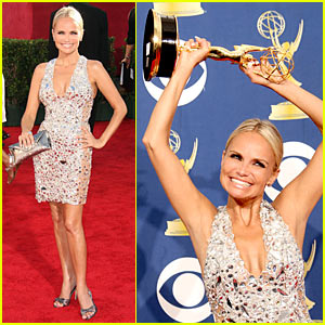 Kristin Chenoweth - Emmy Awards 2009 Winner For Best Supporting Comedy Actress