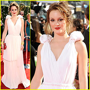 Leighton Meester - Emmy Awards 2009