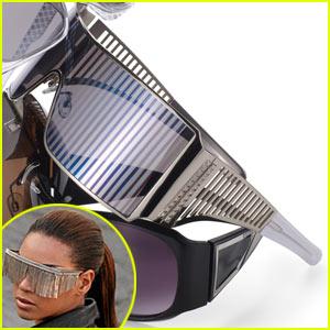 Win Beyonce's DIVA Sunglasses!