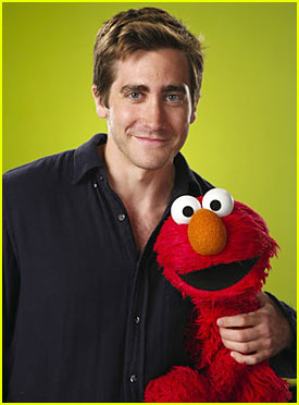 Jake Gyllenhaal: Tickle Me, Elmo!